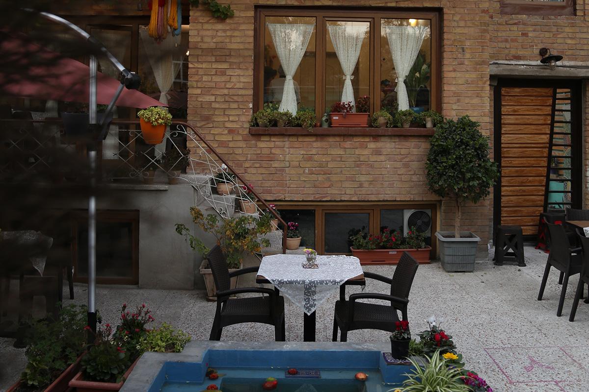 خانه قدیمی کافه آنسو