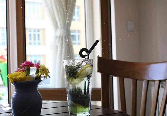 نوشیدنی خنک و تابستانی