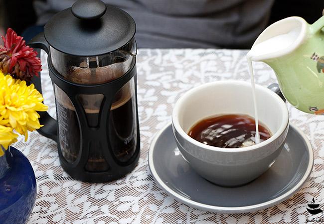 قهوه فرنچ پرس آنسو
